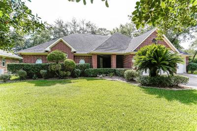 La Porte Single Family Home For Sale: 1034 Oak Leaf Ave Avenue