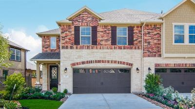 The Woodlands Condo/Townhouse For Sale: 27 Ancestry Stone Place