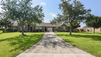 League City TX Single Family Home For Sale: $499,000