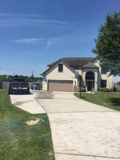 Baytown Single Family Home For Sale: 2218 Magnolia Bend