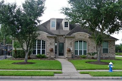 Pearland Single Family Home For Sale: 3206 Sagewood Court