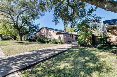 Houston Single Family Home For Sale: 10526 Huntington Way Drive