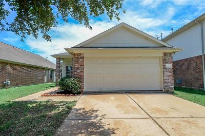 Katy Single Family Home For Sale: 6734 Windy River Lane