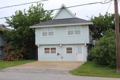 Bayou Vista Single Family Home For Sale: 714 Marlin Street