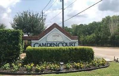 Houston Condo/Townhouse For Sale: 14550 Fonmeadow Drive #1100