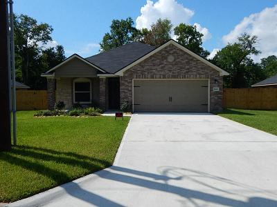 Liberty Single Family Home For Sale: 1810 Magnolia