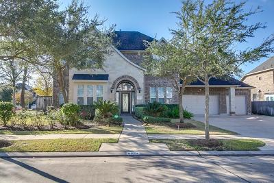 Missouri City Single Family Home For Sale: 8618 Doves Yard