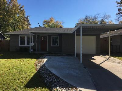 Houston Single Family Home For Sale: 2606 Roy Circle