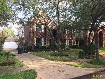 Sugar Land Single Family Home For Sale: 2439 Plantation Bend Drive