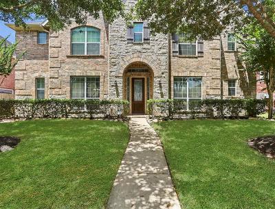 Missouri City Single Family Home For Sale: 2607 Deerhill Walk