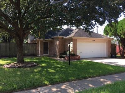 Pearland Single Family Home For Sale: 1308 Chelsea Lane