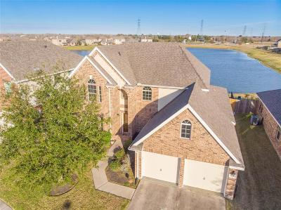 Alvin Single Family Home For Sale: 4708 Lake Line Court