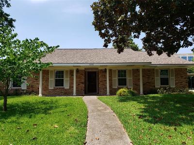 Memorial Single Family Home For Sale: 12330 Barryknoll Lane