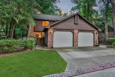 The Woodlands Condo/Townhouse For Sale: 20 W Willowwood Court