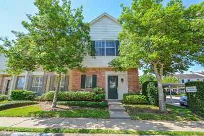 Sugar Land Condo/Townhouse For Sale: 2910 Grants Lake Boulevard #1008