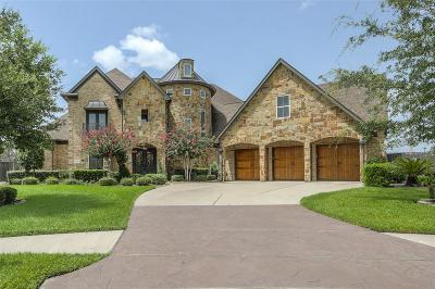 Friendswood Single Family Home For Sale: 1709 Hunters Cove