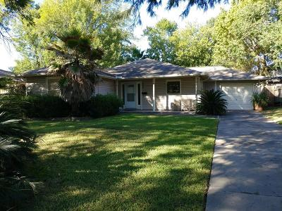 Bellaire Single Family Home For Sale: 805 Jaquet Drive