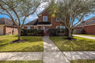 League City Single Family Home For Sale: 2009 Misty Waters Lane
