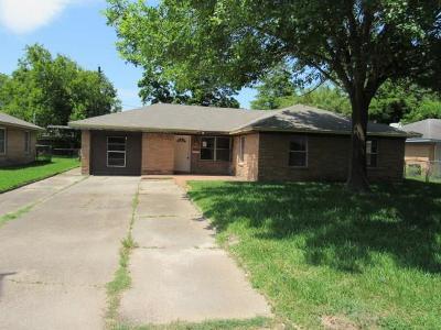 Deer Park Single Family Home For Sale: 2401 Estate Drive