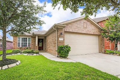Brookshire Single Family Home For Sale: 9962 Lazy Cove Lane