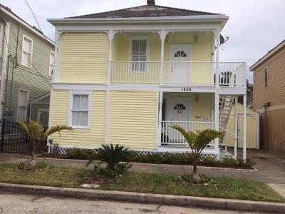 Galveston TX Multi Family Home For Sale: $229,000