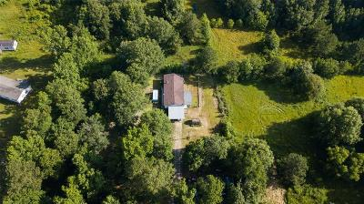 Single Family Home For Sale: 4781 Highway 105 E