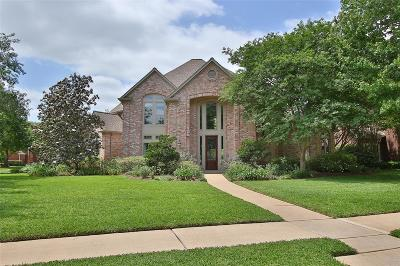 Sugar Land Single Family Home For Sale: 2722 Colony Park Drive