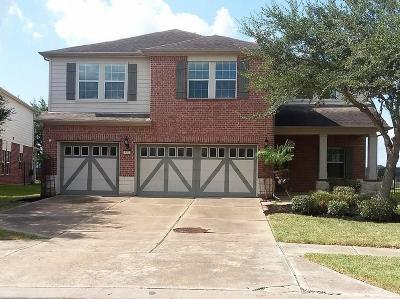 Rosenberg Single Family Home For Sale: 8323 Clover Leaf Drive