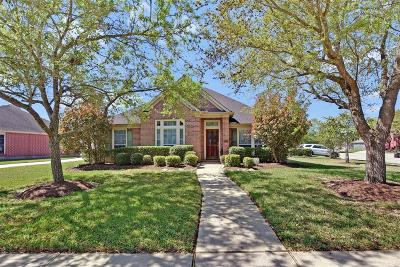 League City TX Single Family Home For Sale: $274,000