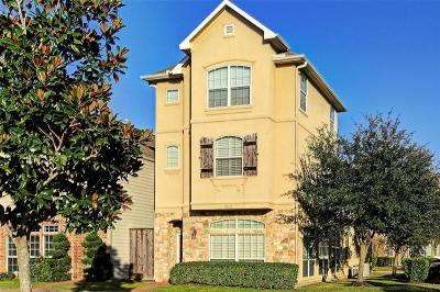 Single Family Home For Sale: 9017 Bayview Cove