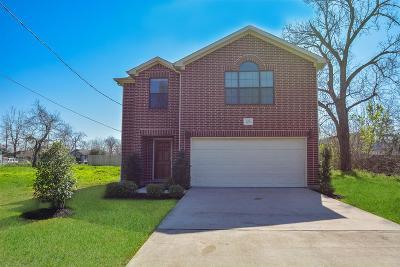 Houston Single Family Home For Sale: 708 E 40th Street