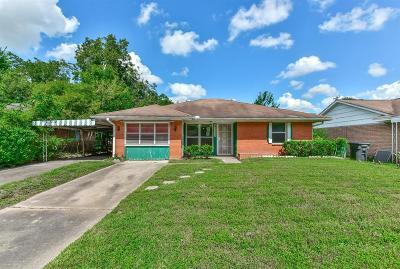 Houston Single Family Home For Sale: 4123 Howcher Street
