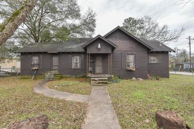 Conroe Single Family Home For Sale: 403 Dr Martin Luther King Jr Place S
