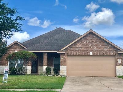 League City Single Family Home For Sale: 405 Magnolia Blossom