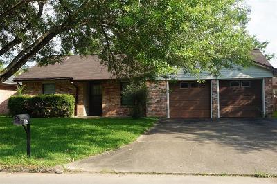Alvin Single Family Home For Sale: 1060 Wildwinn Drive