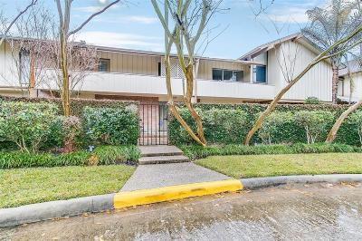 Houston Condo/Townhouse For Sale: 6322 Crab Orchard Rd Road