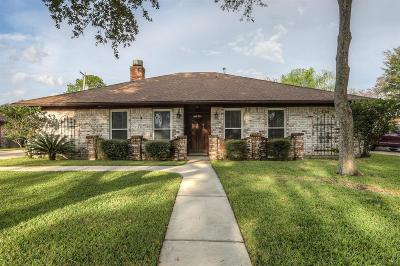 League City Single Family Home For Sale: 204 Williamsport Street