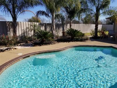 Pasadena Single Family Home For Sale: 503 Sachnik Drive