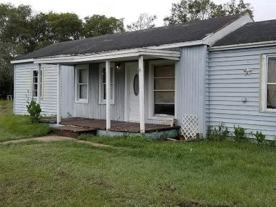 Bay City TX Single Family Home For Sale: $49,900