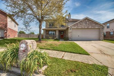 Friendswood Single Family Home For Sale: 3742 Mystic Meadows Lane