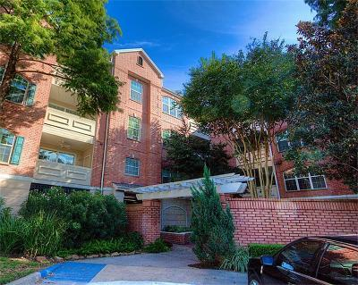 Houston Condo/Townhouse For Sale: 2100 Welch Street #C216