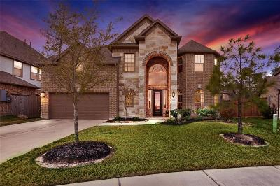 Spring Single Family Home For Sale: 7638 Augusta Creek Court