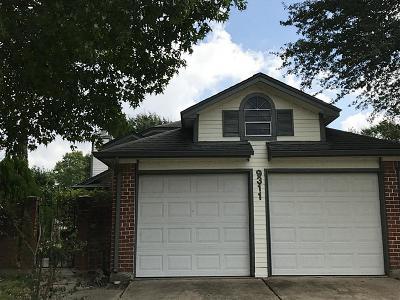Houston Single Family Home For Sale: 9311 Corner Oaks Lane