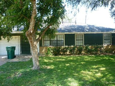 Pasadena Single Family Home For Sale: 1605 Beusch Drive