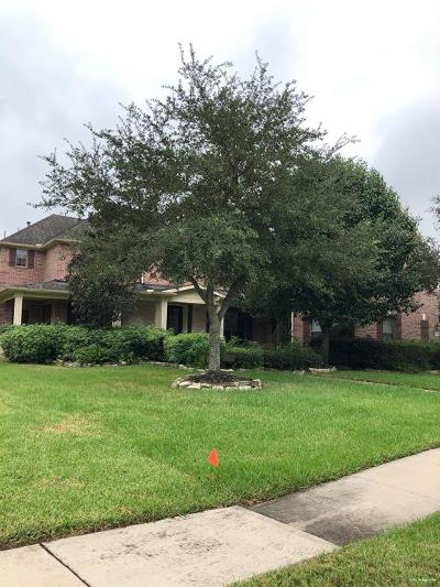 Pearland Single Family Home For Sale: 11708 Crescent Cove Drive