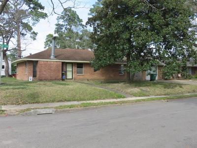 Oak Forest Single Family Home For Sale: 5056 Lido Lane