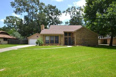 Crosby TX Single Family Home For Sale: $184,957