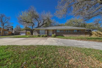 Richmond Single Family Home For Sale: 1704 Laurel Oaks Drive
