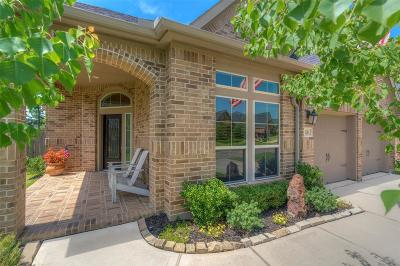 Single Family Home For Sale: 130 Pine Crest Circle