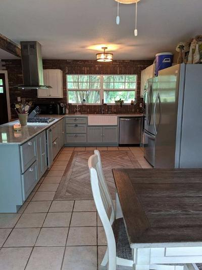 Brazoria Single Family Home For Sale: 2708 County Road 686